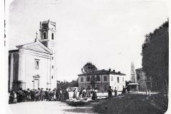 1921105