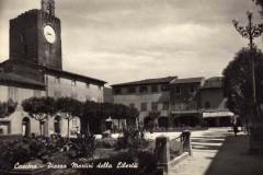 Cascina-Piazza-Martiri-della-Libertà