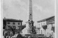 PIAZZA UMBERTO-1933