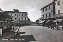 Ponsacco-Piazza-Della-Repubblica
